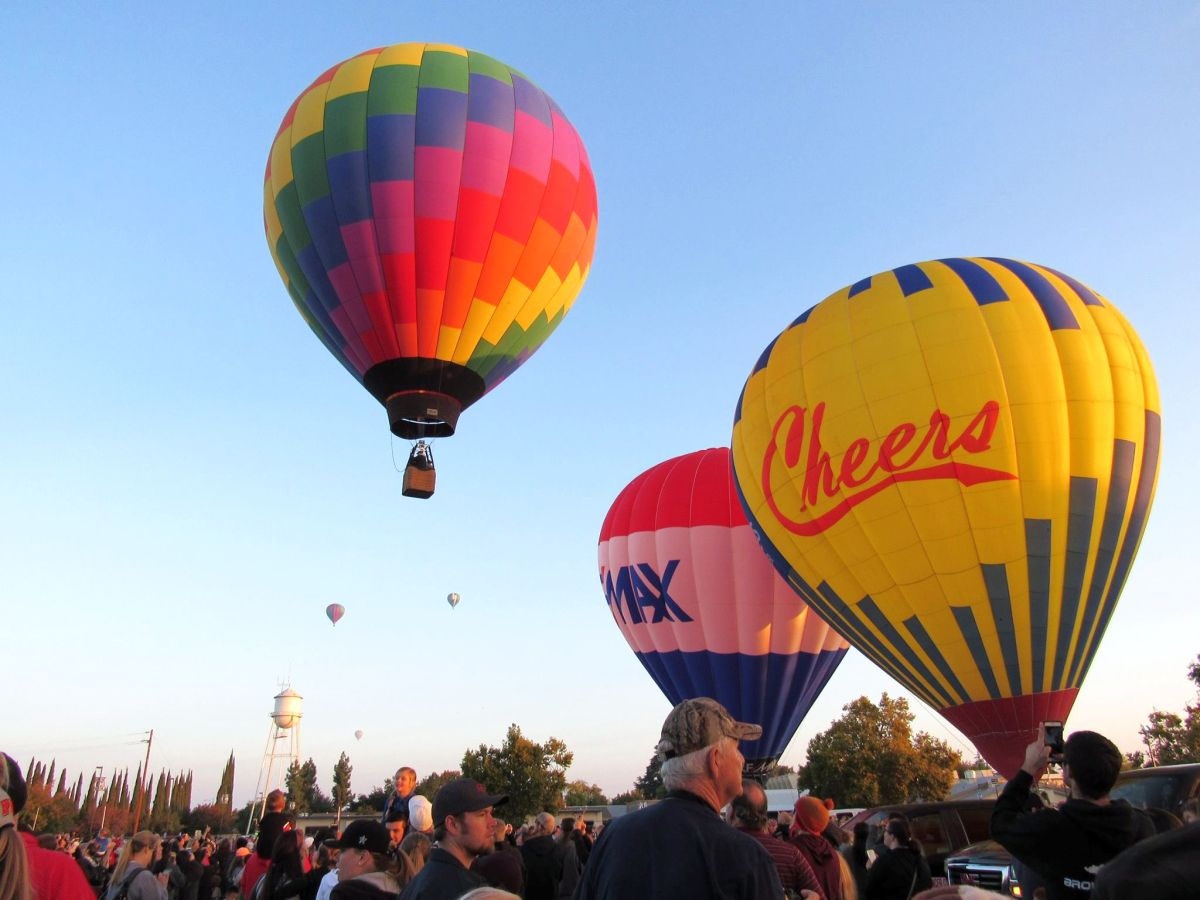 Balloon Launching at ClovisFest