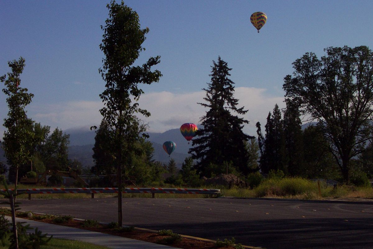 Balloons Flying Grants Pass